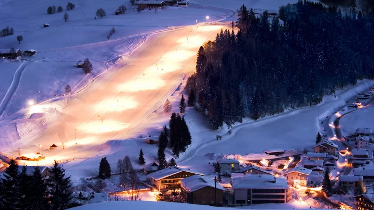 Night skiing Saalfelden Leogang vintersemester Österrike
