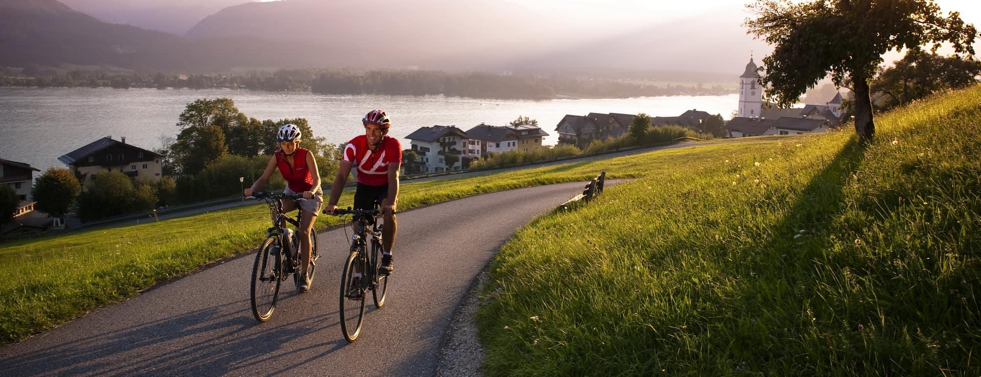 Cykling i Salzkammergut cykelsemester i Österrike