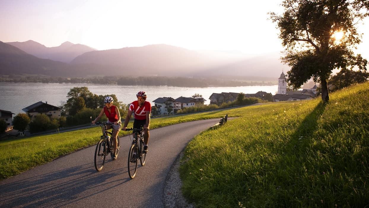 Vandra och cykla i vackra Salzkammergut med Austria Travel