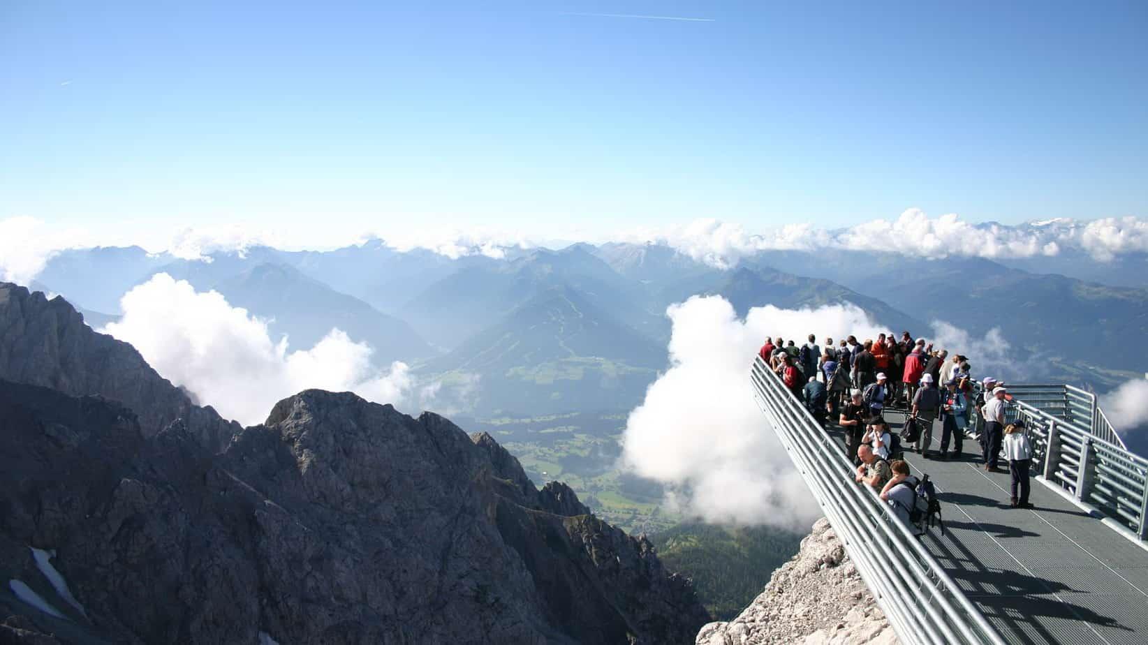 Utsiktsplattform Dachstein semester i Österrike