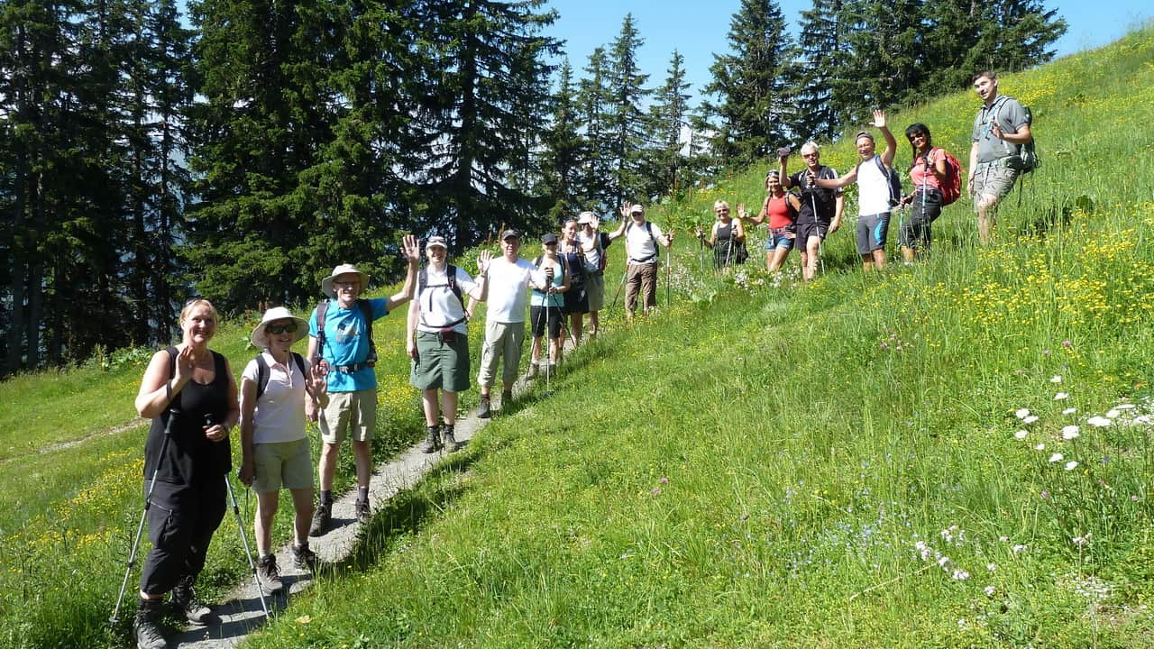 Vandrare med guide i Saalbach Hinterglemm © Austria Travel - Rusner