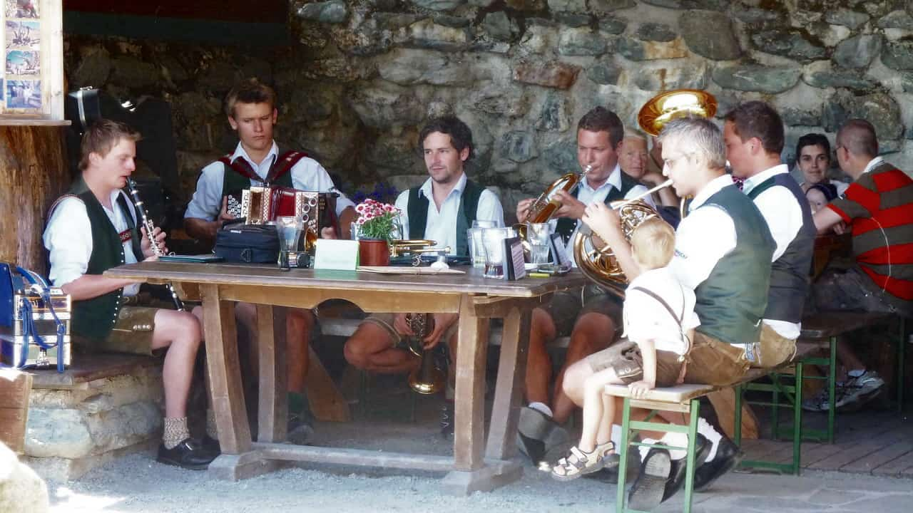 Folkmusik på Saalalm © Austria Travel - Rusner