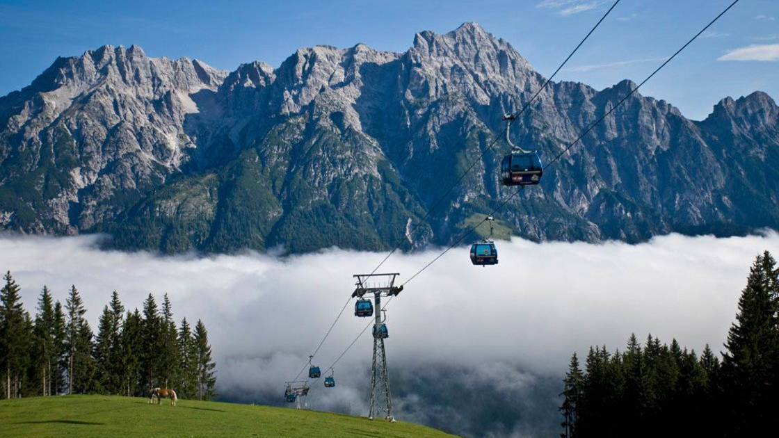 Berg der Sinne Saalfelden Leogang Semester i Österrike