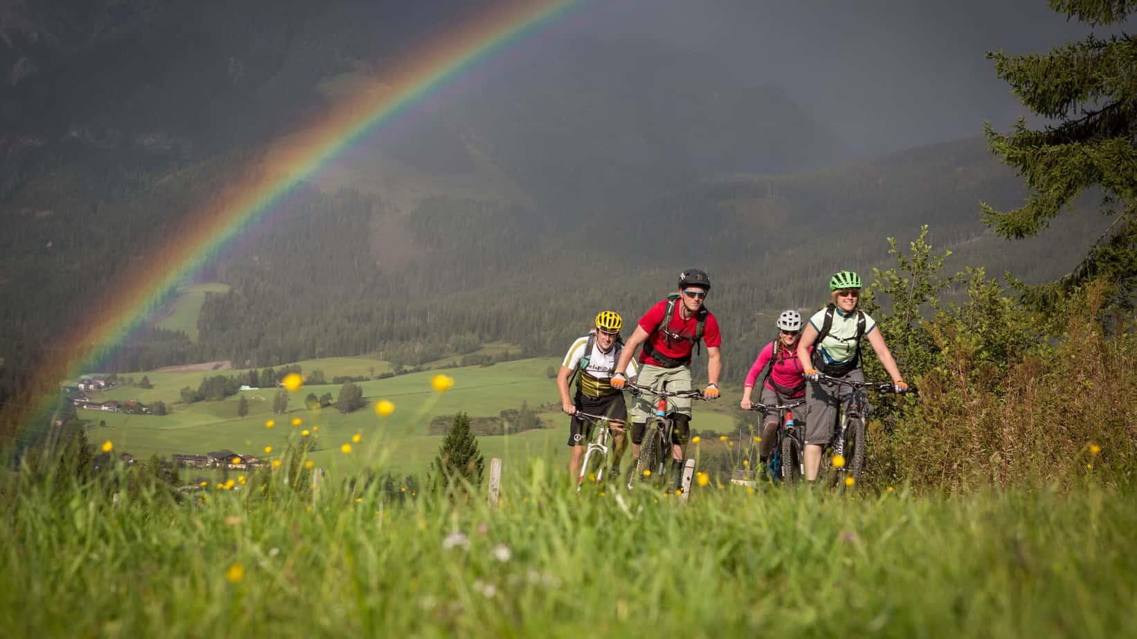 Mountainbiketour vid Maria Alm cykelsemester MTB semester i Österrike