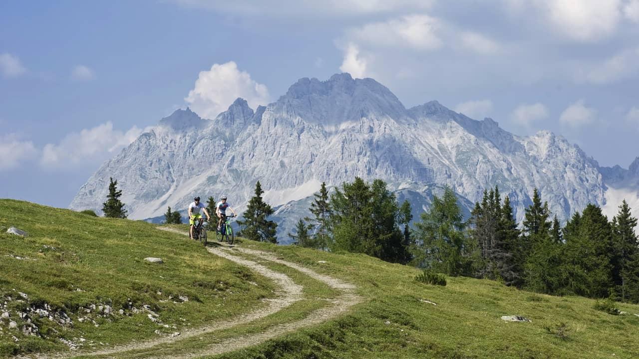 Biken Radfahren Sonnenplateau Innsbruck Tirol Semester i Österrike