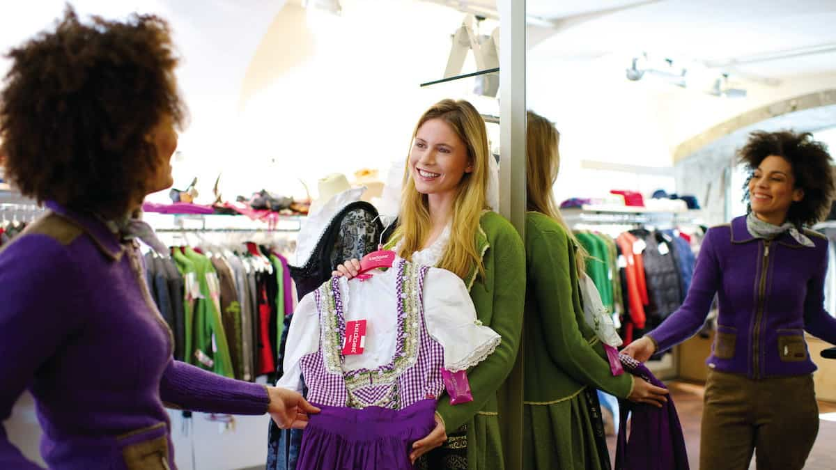 Innsbruck Dirndl Shopping Semester i Österrike Tirol