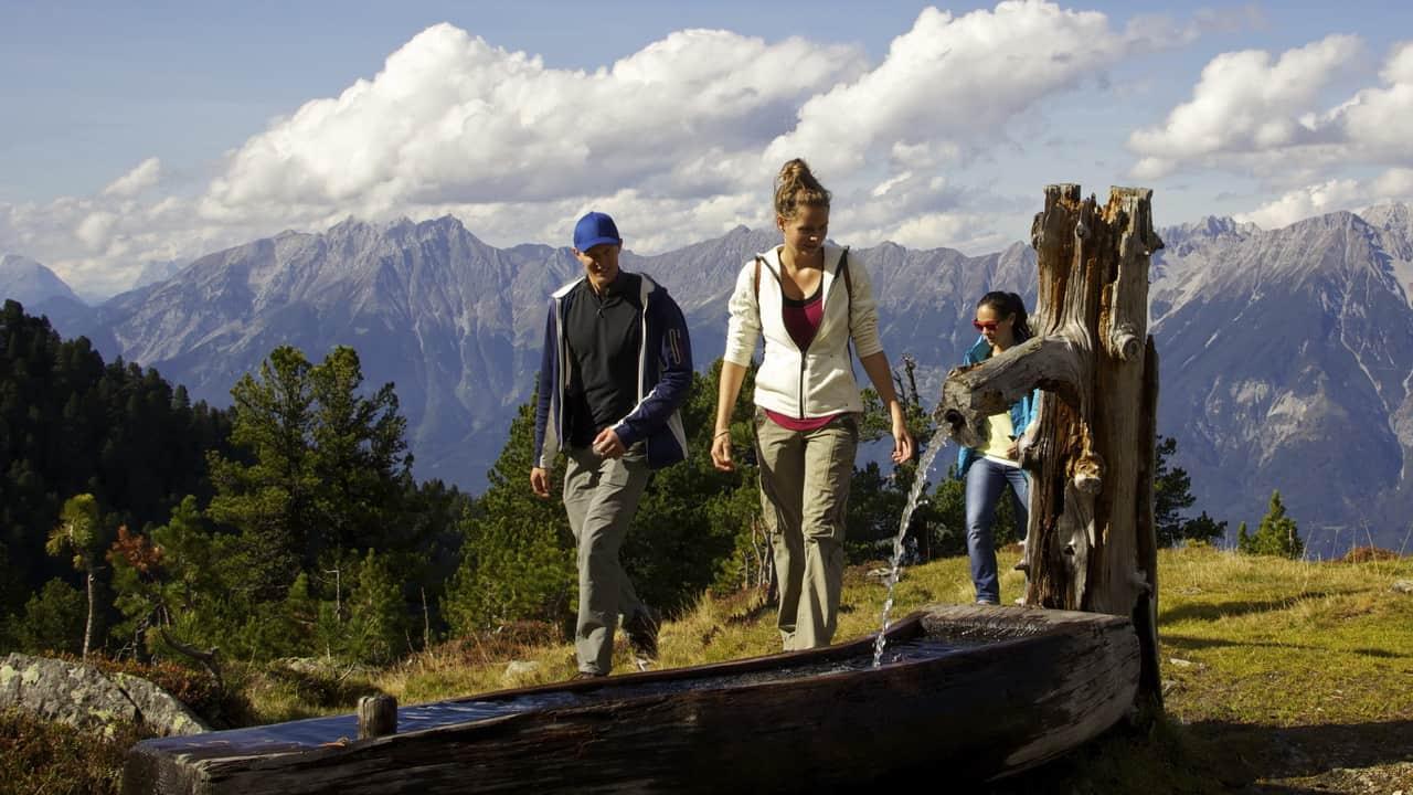 Innsbruck Vandra på Igls Zirbenweg Semester i Österrike Tirol