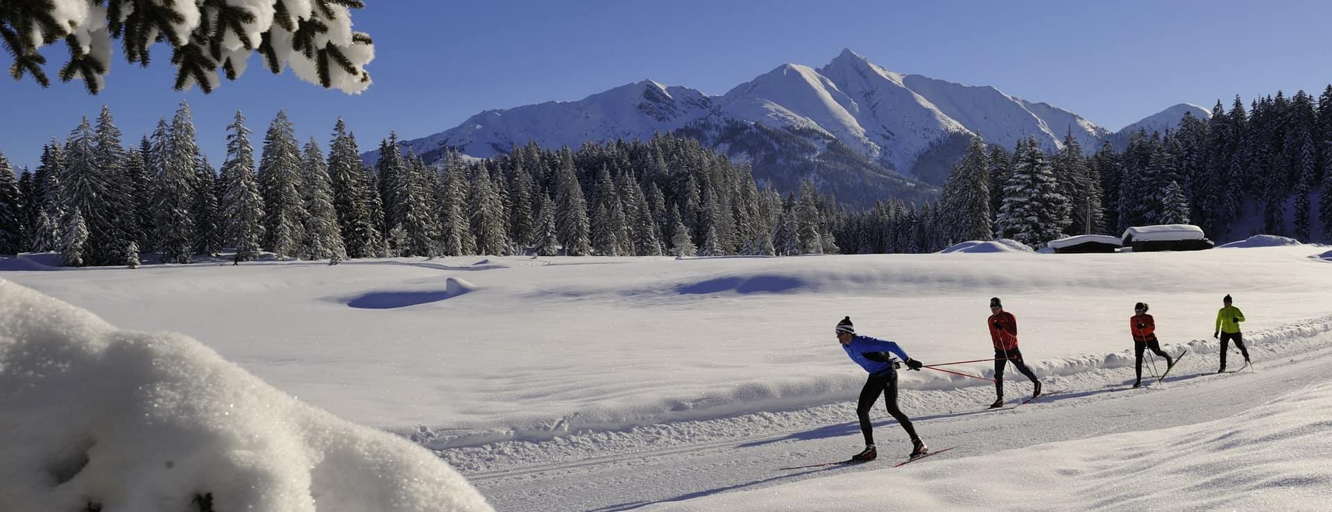 Längdåkning i Seefeld Tirol Österrike skidsemester