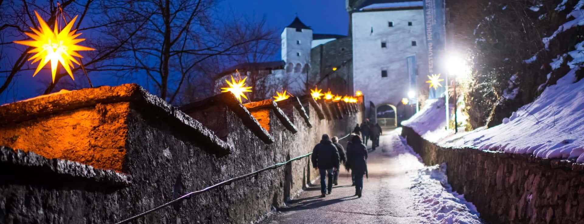 Jul julmarknad Advent adventmarknad Vinter Salzburg semester vintersemester Österrike Hohensalzburg fästning