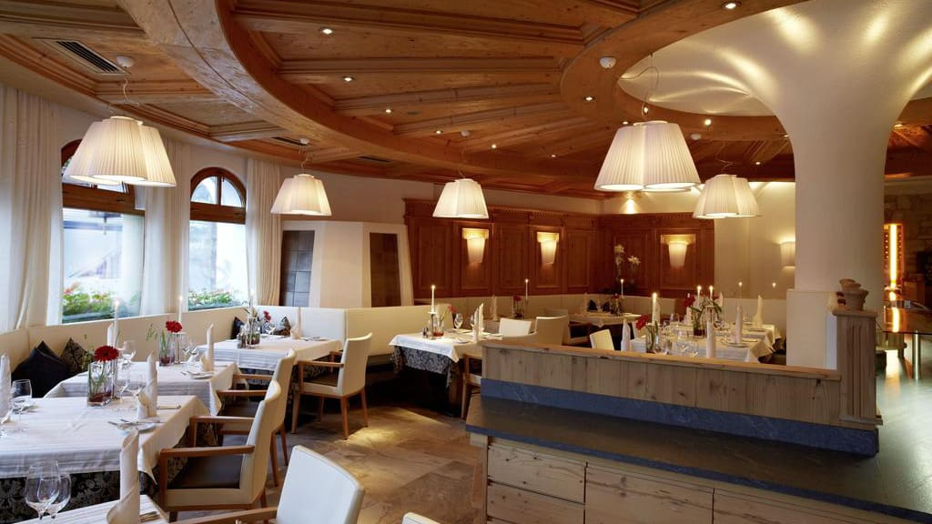 Matsal Hotel Tirol i Ischgl Semester i Österrike