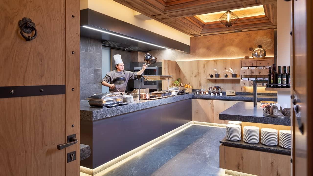 Kulinarik Hotel Tirol i Ischgl Vandring Semester i Österrike