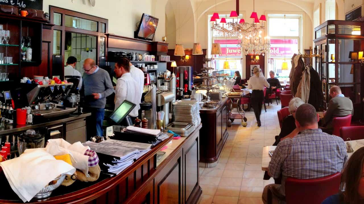 Café Diglas - - Caféer i Wien - Semester i Österrike med Austria Travel
