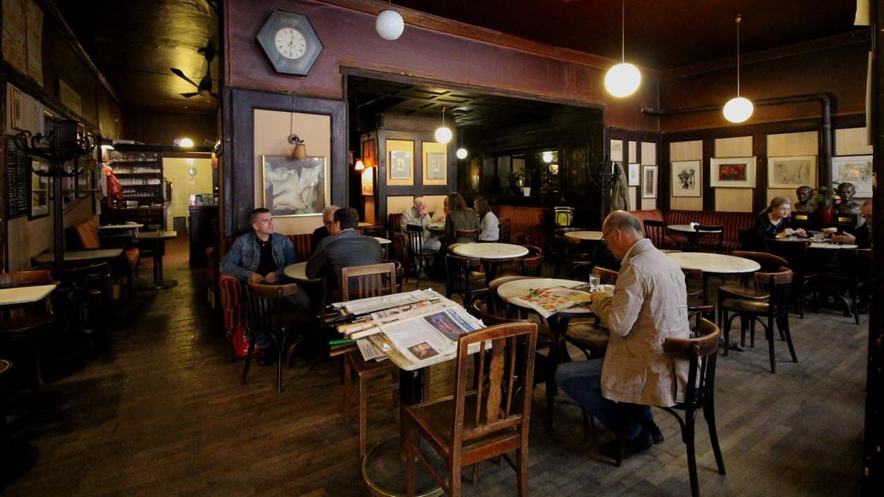 Kultcaféet Hawelka - Caféer i Wien - Semester i Österrike med Austria Travel