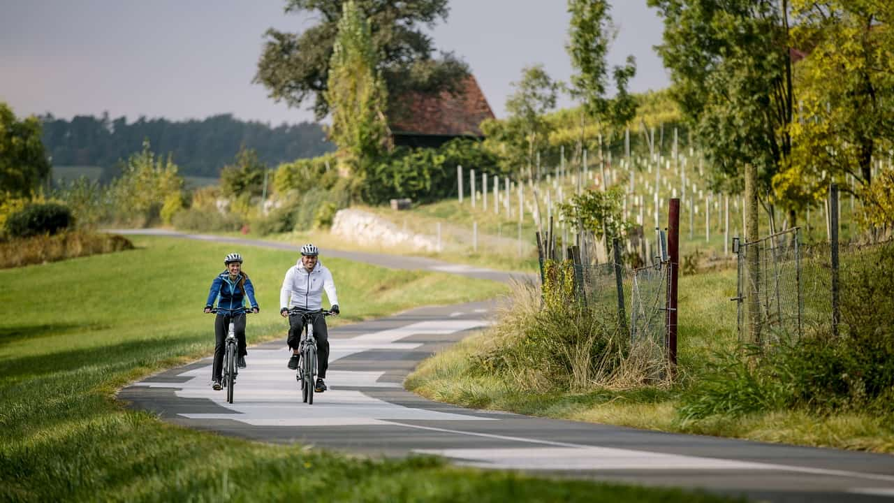 Cykla i Steiermarks vulkanregion St Ruprecht an der Raab