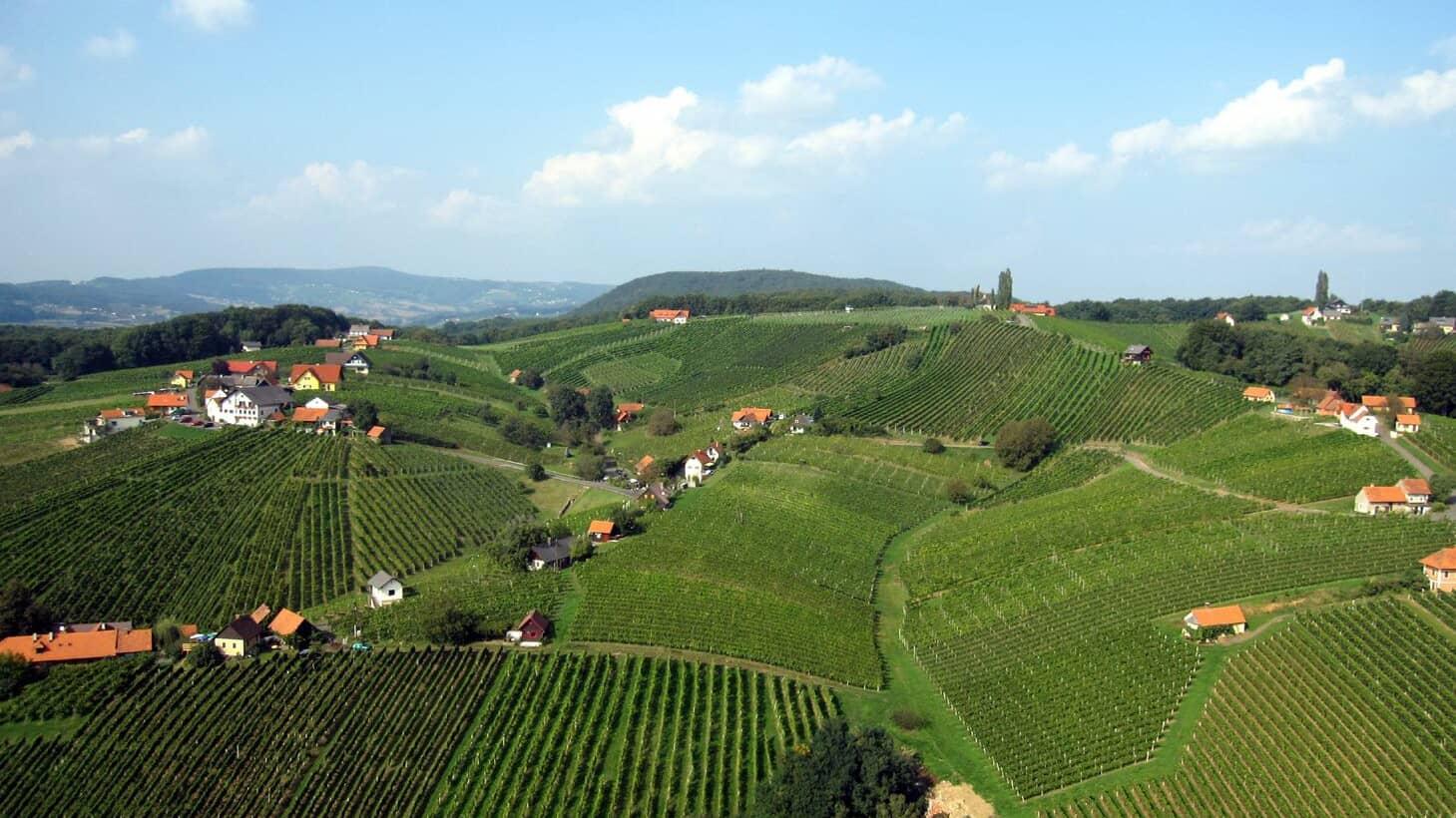 Vy på Klöch Steiermark Semester i Österrike Austria Travel
