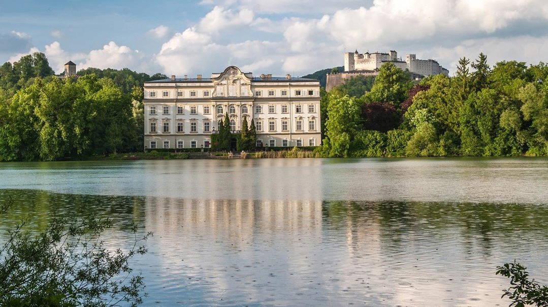 Sound of Music och von Trapp i Schloss Leopoldskron med Salzburgs fästning - Upptäck Salzburg och Österrike med Austria Travel