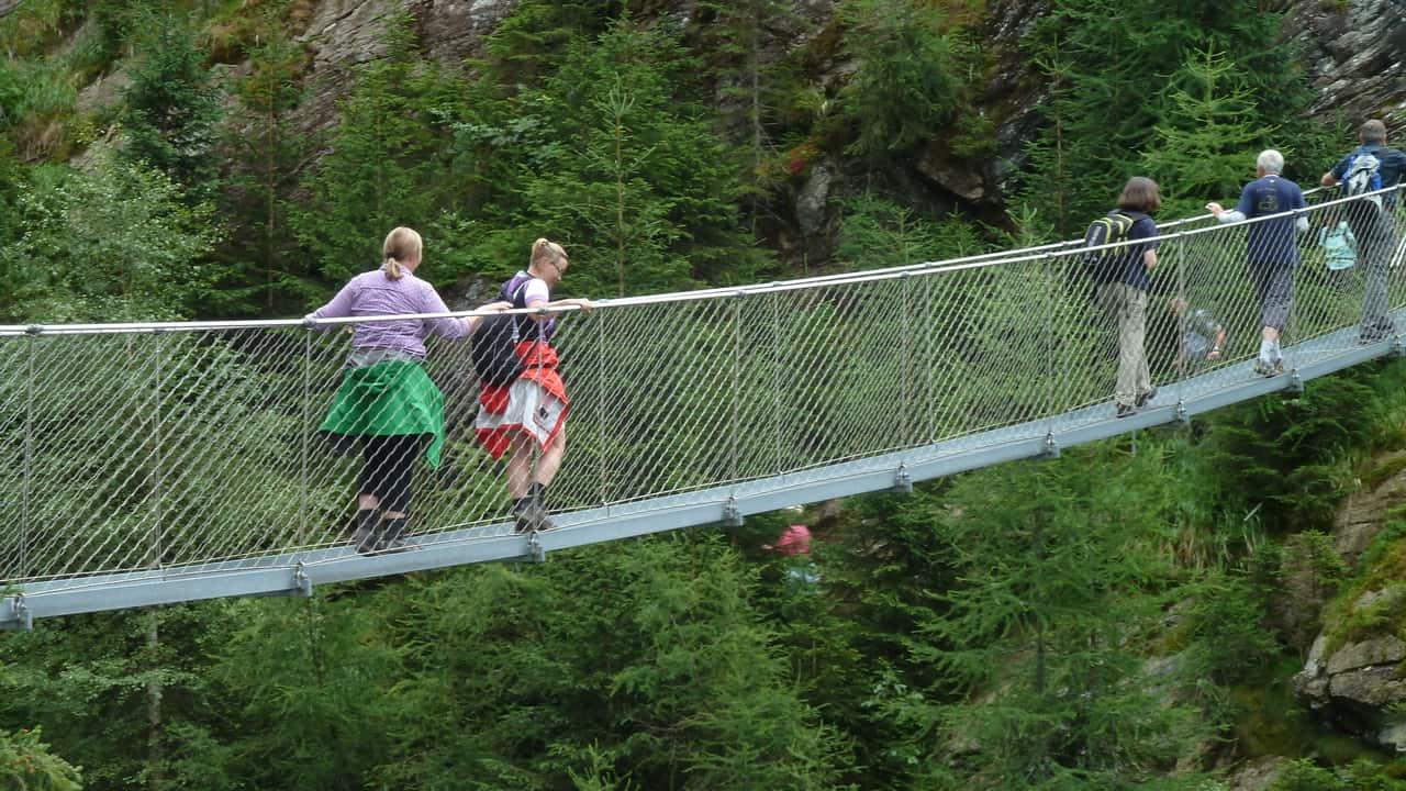 Hängbron över Wilde Wasser vid Schladming © Austria Travel - Rusner