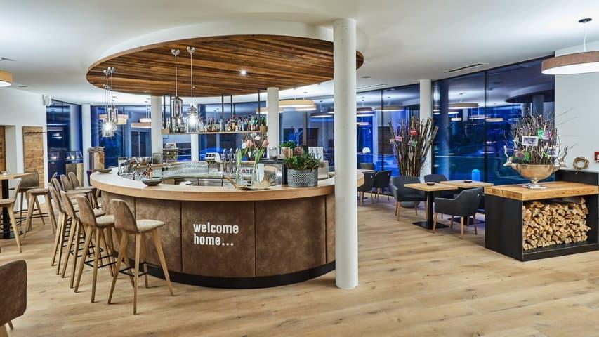 Skidsemester i Zell am See med Austria Travel - Hotel Alpine Resort - Bar