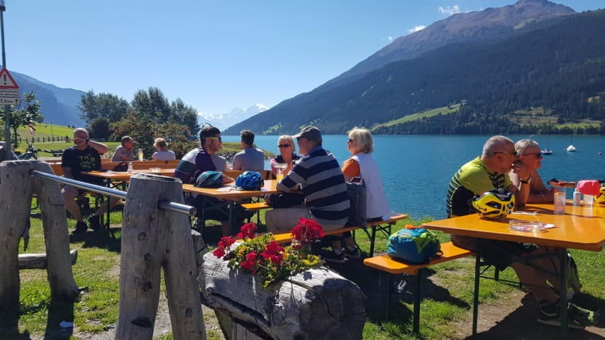 Lunch vid Reschensee © Austria Travel - Rusner