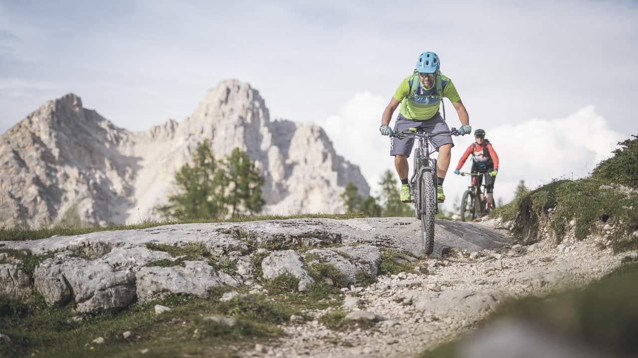 MTB cyklister Dolomiterna